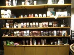 コーヒー豆とコーヒ器具