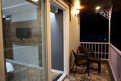 Valley View Executive Suite with Private Balcony