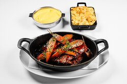 Lamb Shoulder (To Share) Smoked Garlic Pot, and Butter Baked Carrot.