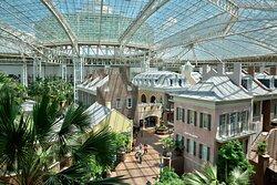 King Guest Room - Atrium View