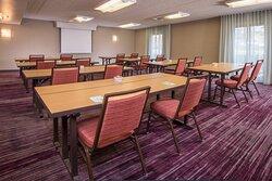 Meeting Space – Schoolroom Setup
