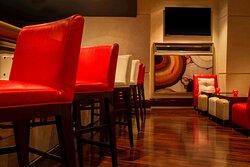 Shades - Restaurant & Bar