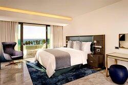 Lifestyle Suite Sea View - Bedroom
