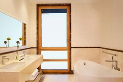 Park Suite Three Bedroom with Private Pool - Bathroom