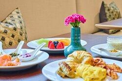 Concierge Lounge - Breakfast Buffet