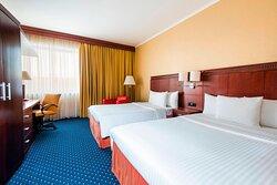 Double/Double High Floor Guest Room