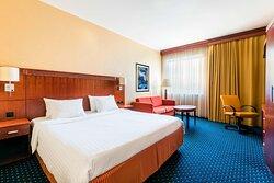 King High Floor Guest Room