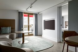 Balcony Suite - Living Room