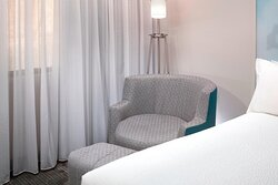 Guest Room - Seating