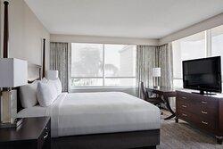 GM Suite - Bedroom