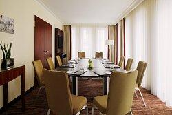 Meeting Suite – Boardroom Setup