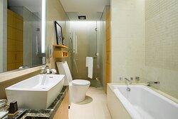 Two-Bedroom Executive Suite - Bathroom