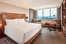 King Deluxe Guest Room - City View