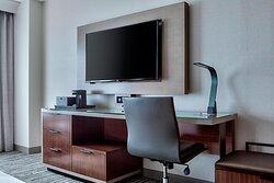 Deluxe Guest Room - Work Desk