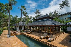 Royal Villa - Patio with Private Pool
