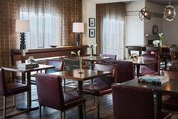 Concierge Lounge - Dining Area