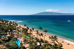 Gaze at the bright blue waters of the Pacific Ocean from your Ocean View Guest Room.