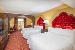 Queen/Queen Premium Guest Room
