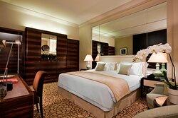 Art Deco Deluxe Guest Room