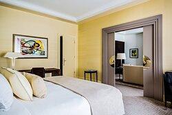 Makassar Suite - Bedroom
