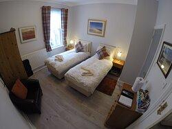 Room 1/Twin/en suite