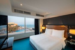 Suite with Lounge Access - Sea View