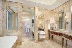 St. Regis Suite-Bathroom