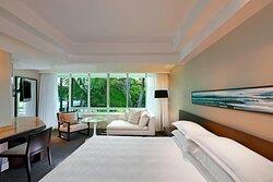 Mirage King - Resort View
