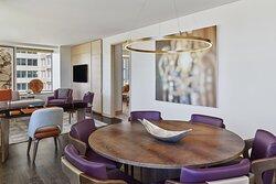 Metropolitan Suite - Dining Room