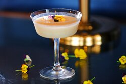 Hyatt-Regency-Phnom-Penh-The-Lady's-Smile-Cocktail
