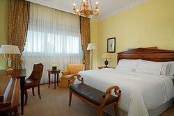 King Deluxe Guest Room Biedermeier