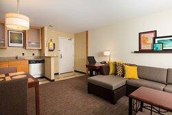 Studio King Suite - Living Area