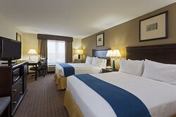 Non-smoking ADA/Handicapped accessible Two Queen Guest Room