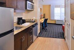One-Bedroom Suite - Kitchen