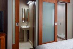 Bathroom and Shower Amenities