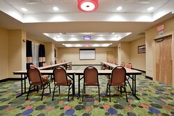 Flexible meeting space with onsite audio visual equipment
