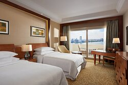 Twin Nile Partial View Club Level Guest Room with Balcony