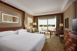 King Pool or Nile View Deluxe Guest Room with Balcony