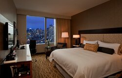 Sky view king room at night.