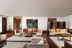 Tubo Suite - Living Room