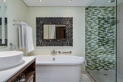 Larger Guest Room - Bathroom