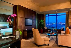 Executive Suite River View - Living Room