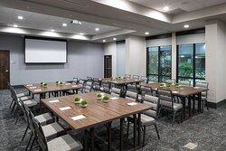 Colonial Meeting Room - Pod Style Setup