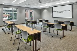 Mill Mountain Boardroom - Classroom Setup