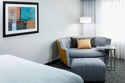 King Guest Room - Sofa Bed
