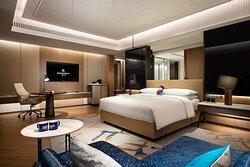 Junior Suite - King Bedroom
