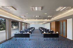 Ruby & Sapphire Meeting Rooms