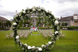 Manor House Tiered Lawn Wedding