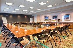 Meeting Room – Square Setup