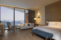 Ocean Deluxe King Guest Room
